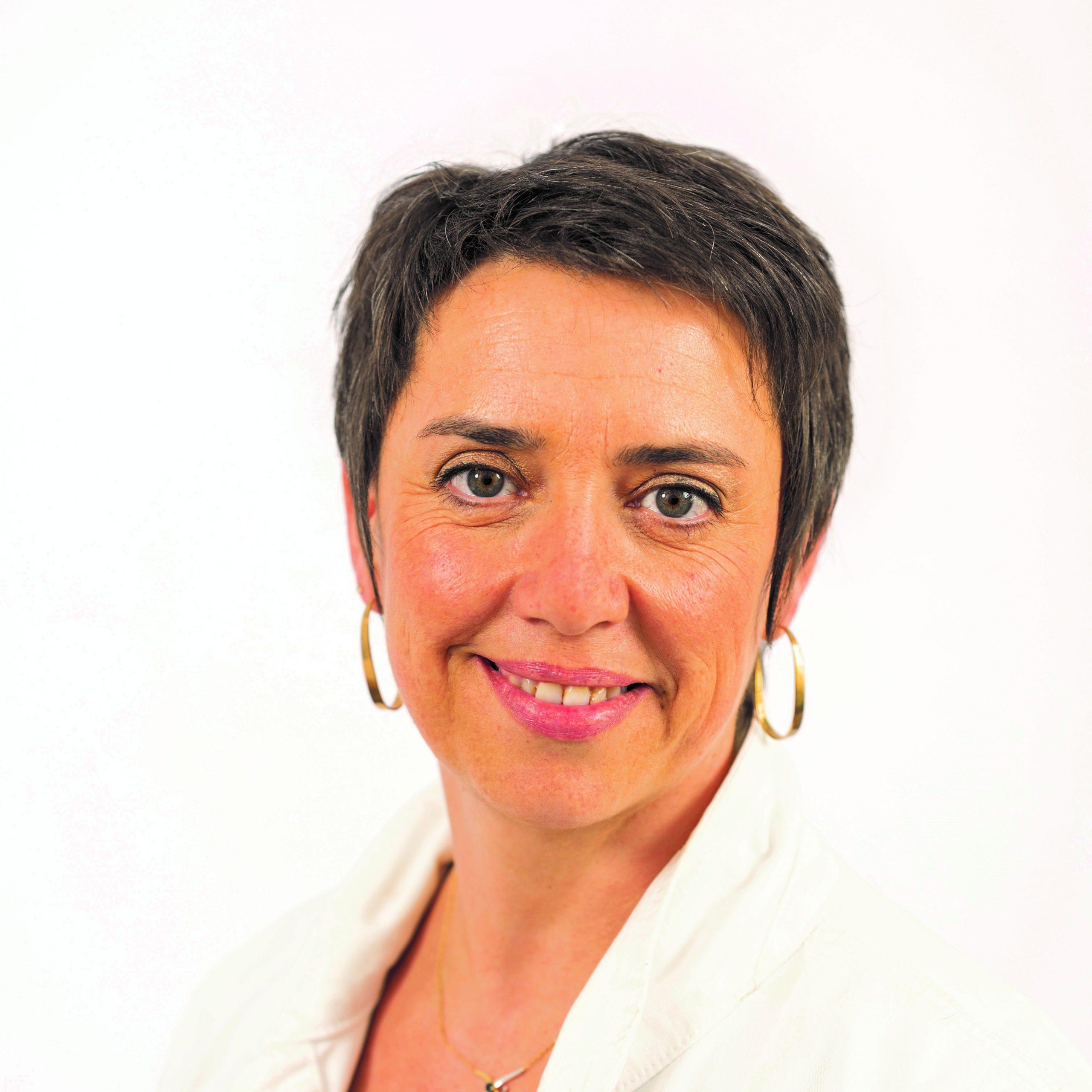 Cécile BARREAU